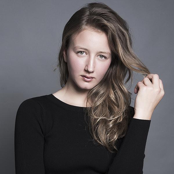 Sophie L Slider 1