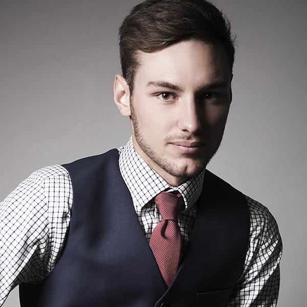 Damian Slider 1